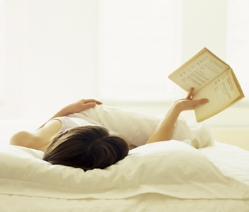 woman-reading[1]